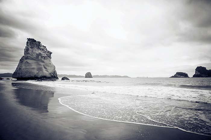 Scenic beach optimizing image name example